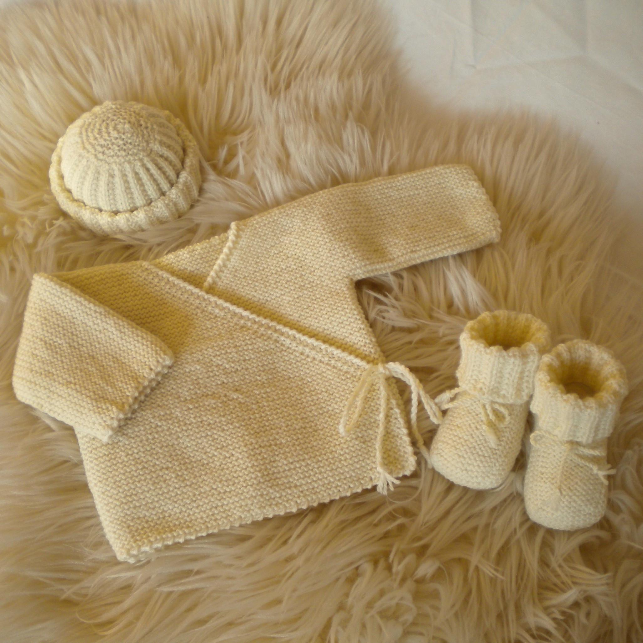 8bb8b6452b0 ensemble brassière uni écru tricoté main en 100% laine mérinos naturel