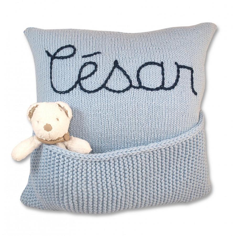 coussin personnalisable bleu en laine pour chambre b b et enfant. Black Bedroom Furniture Sets. Home Design Ideas